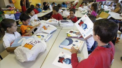 Muchas escuelas y métodos prescinden de libros de textos y exámenes en su día a día.